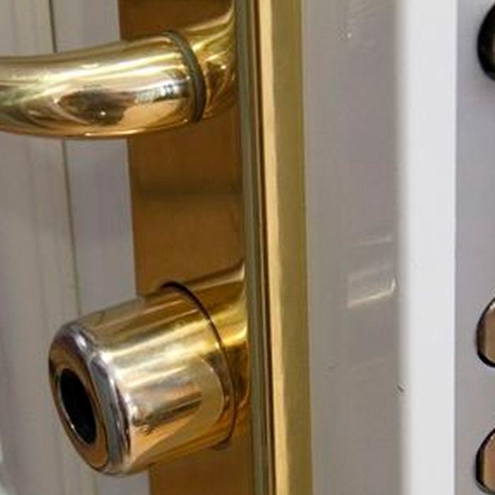 La puerta como elemento decorativo y medida de seguridad