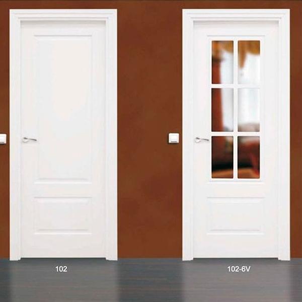 Modelo 102 Puerta lacada de calidad estándar en Madrid